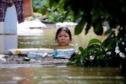 Tiếng gọi Miền Trung - Quê hương bão lụt nữa rồi!